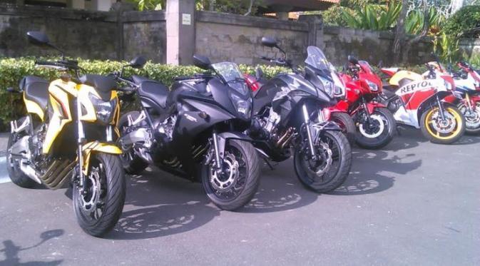 019775900_1433925432-big_bike