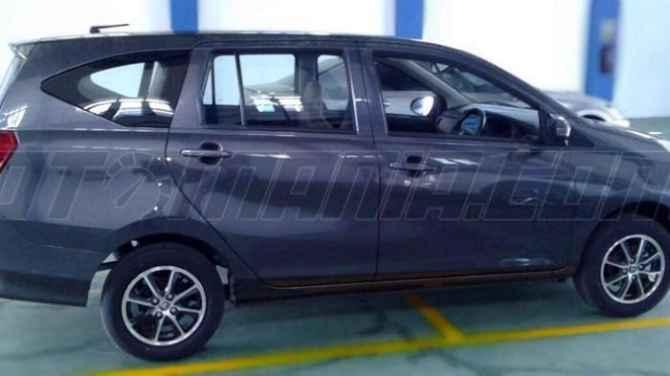 Toyota Calya dan Daihatsu Sigra