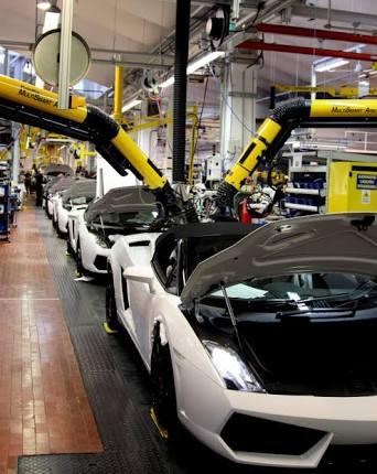 Pengen berkunjung di pabrik Lamborghini di Italia? Ikuti kompetisinya