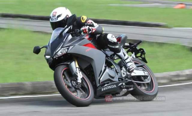 sadis-_top_speed_honda_cbr250rr_tembus_167_km_jam