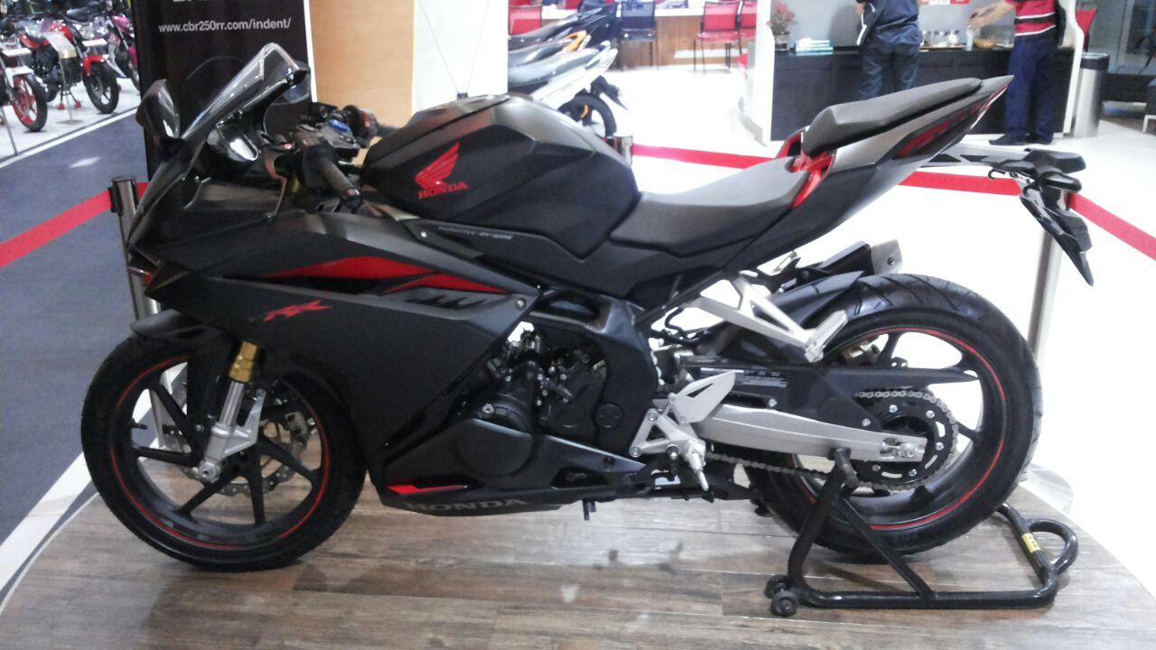 Honda CBR 250RR dikatakan terlalu mahal, bagaimana menurut anda?