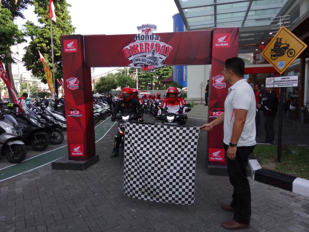 Fun Touring Blogger dengan Supra GTR 150 menuju Honda Biker Day 2016 Pantai Boom Banyuwangi