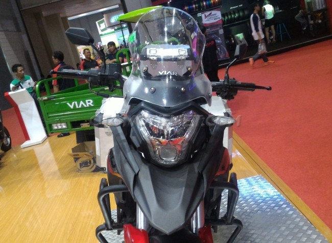 motor-adventure-viar-250